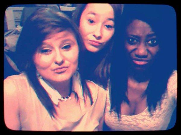 ' Cassandra , Stéphanie , Anaiss