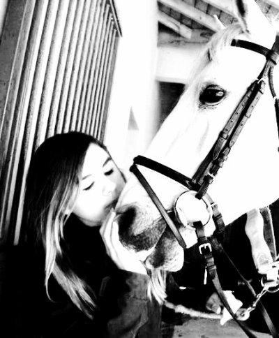 << Un article parenthèse pour le plus merveilleux cheval, que j'ai eu l'orneur de rencontrer >>