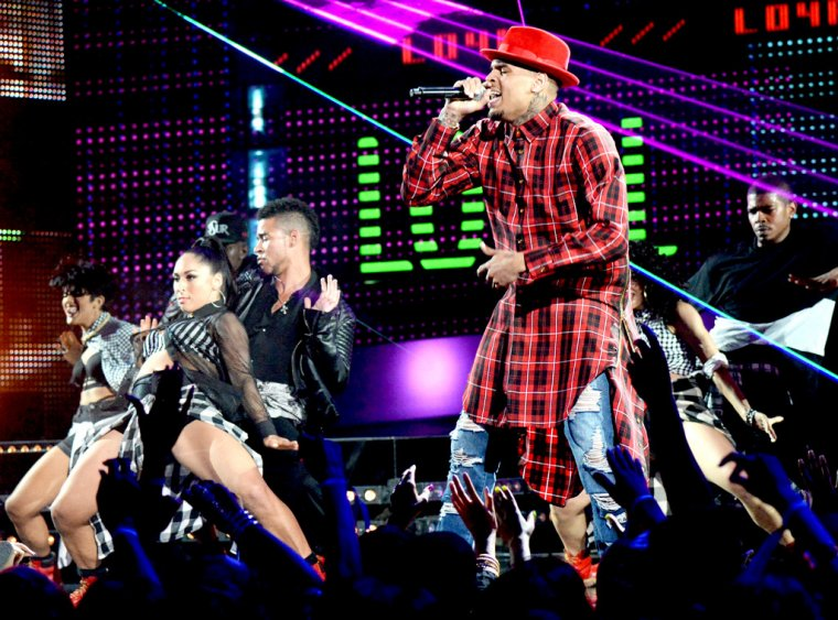 Performance de Chris aux BET AWARDS 2015