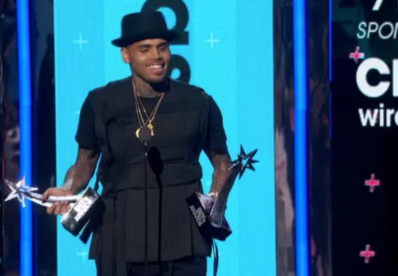 2 BET Awards pour Chris Brown