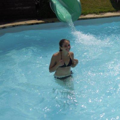 Moi et mon ptit frere Guillaume a la piscine