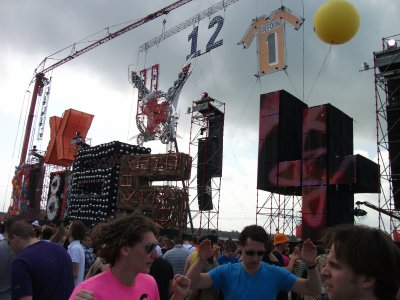 mes fotos de la defqon1 2010 !!!!! enorme events