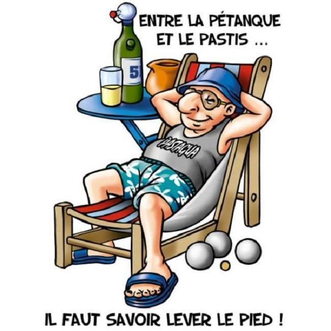 """Après la bouillabaisse du midi .....le soleil et la sieste .... """"En Provence, le soleil se lève deux fois, le matin et après la sieste."""" Yvan Audouard"""