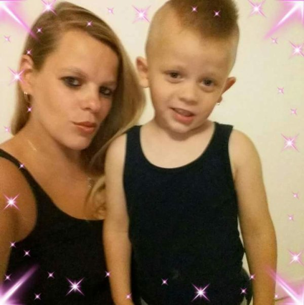 Un Amour fusionnelle entre maman et fils un Amour conpliciter de grave un et auter