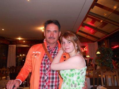 X- Mon tonton fou fou Bernard et moi à la mer du nord ( le 30.04.2011 )-X