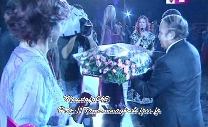 Hommage de Warda à Alger