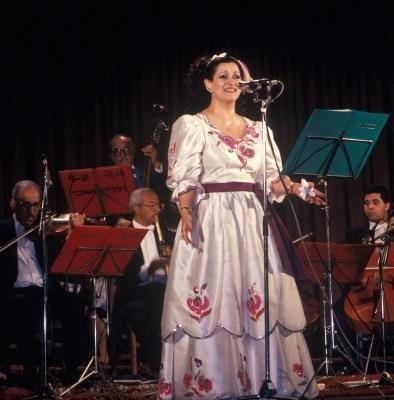 """حكايات شهيرة النجار """" وردة الجزائرية"""