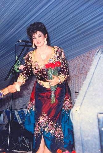 Warda, Diva de la chanson d'Amour