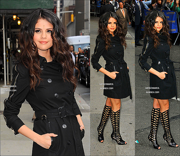 ". 23/04/2013 : Selly se rendant au ""Late Show With David Letterman"" a New-York. Puis le lendemain,Selena se rendait dans son hôtel New-Yorkais. ."