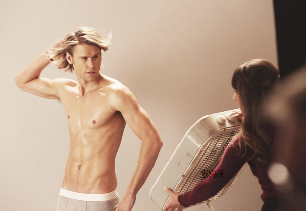 """STILLS // Glee, 5x06, """"Movin' Out"""" Découvrez un still de l'épisode 06 de la saison 05 de Glee intitulé """"Movin' Out"""" !"""