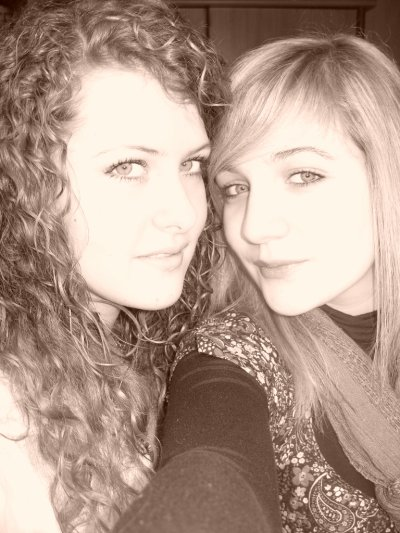 Moi et ma meilleure amie ..Kahina <3