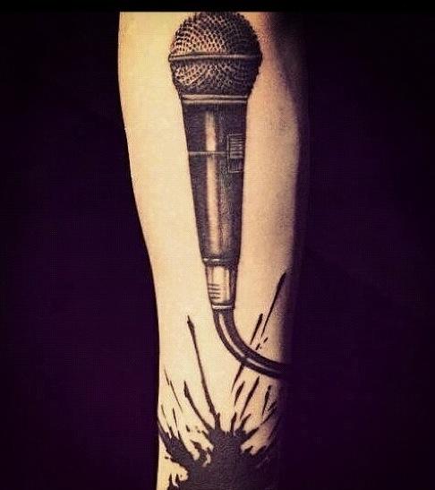 Zayn nous présente son nouveau tatouage !