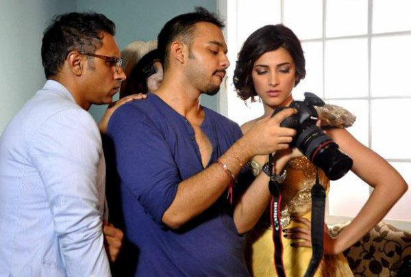 Shruti Hassan shoots with Shantanu