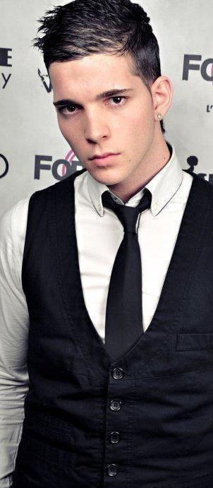 Costard cravate, si t'aime le luxe, va voir polux.