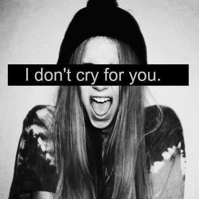 Je doute qu'un jour j'arriverais a parler de vous au passé sans sentir mon coeur se serrer...(forgets-nothing)