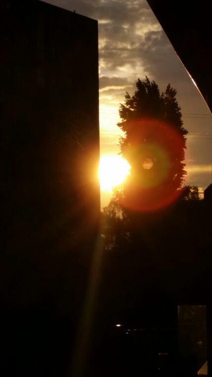 Coucher de soleil dans mon quartier, mercredi soir 25 mai 2016