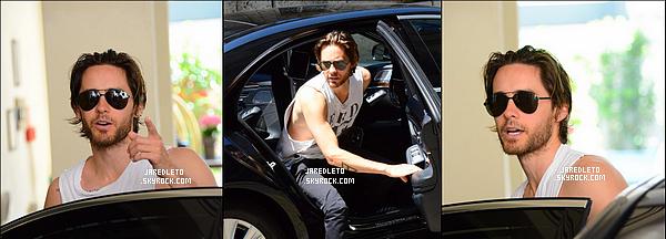 . 22.06.2016 : Jared Leto  a été vu de sortie à Milan en Italie - Seulement 3 photos disponibles .