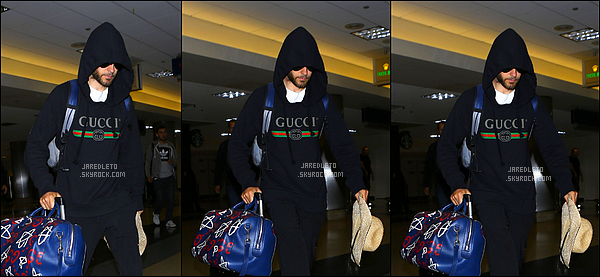 29/06/2016 - Jared avec son sweat Gucci a été vu à l'aéroport de LAX à Los Angeles