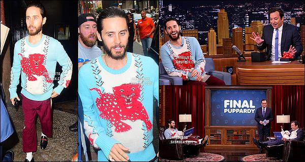 """. 01/08/2016 - Jared Leto était dans l'émission de Jimmy Fallon pour parler du film """"Suicide Squad""""  à New York ."""