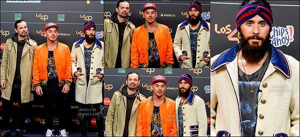 """. 10.11.2017 - Jared et son groupe """"30 Seconds To Mars"""" étaient aux """"Los 40 Music Awards"""" à  Madrid en Espagne  ."""