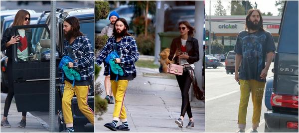 . 22.02.2018 : Notre beau Jared a été vu en compagnie de Valery Kaufman sortant de la gym à Los Angeles .
