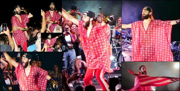 . 02.07.2018 :  Jared Leto, donnait de nouveau un concert dans le cadre de sa tournée à West Palm Beach en Floride   .