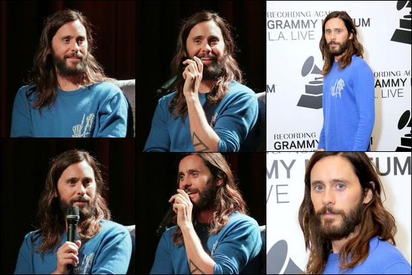 26.10.2018 :  Jared  était de nouveau de sortie et s'est rendu au « Grammy Museum » dans la ville de Los Angeles