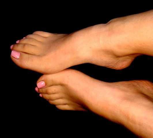 http://www.wannonce.com/annonce/je-vous-propose-mes-jolis-petits-pieds-7886969.htm