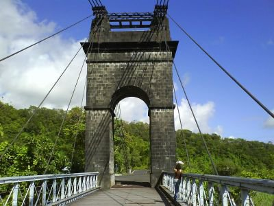 pont de la rivière de l'est