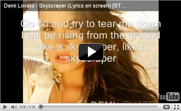 ** Skyscraper ! Decouvrez la chanson ci-dessous  ** Le clip sort le 13 juillet !** J'aime beaucoup la chanson , elle a une voix magnifique ! Good Demi <3 **