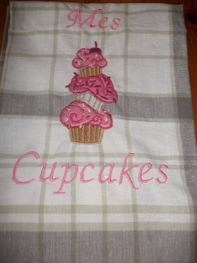 Broderie Cupcakes