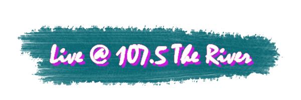 Les garçons étaient hier les invités de la radio 107.5 The River, à Nashville pour y donner une interview ainsi qu'une interpretation acoustique de More Than This puis de What Makes You Beautiful: