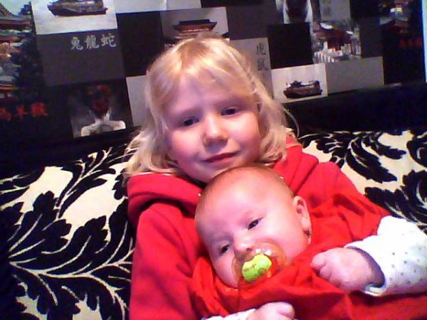 mes 2 petite niece manon et liana