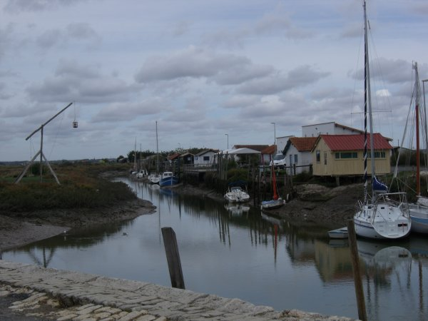 MORNAC/SEUDRE. (2)...le port