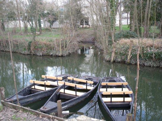 Le Marais Poitevin (3) Arçais, le port...St Hilaire la Palud, Montfaucon...
