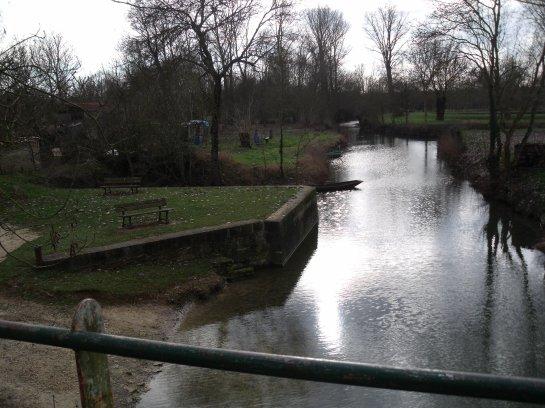Le Marais Poitevin...(4) St Hilaire la Palud, La Rivière...