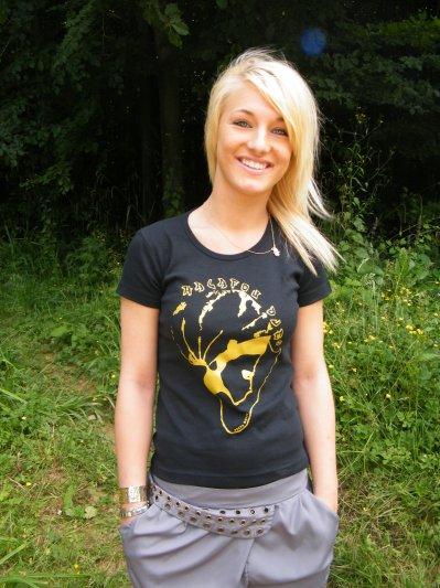 tee shirt  femme noir et or differente coupe10.90 euro seulement