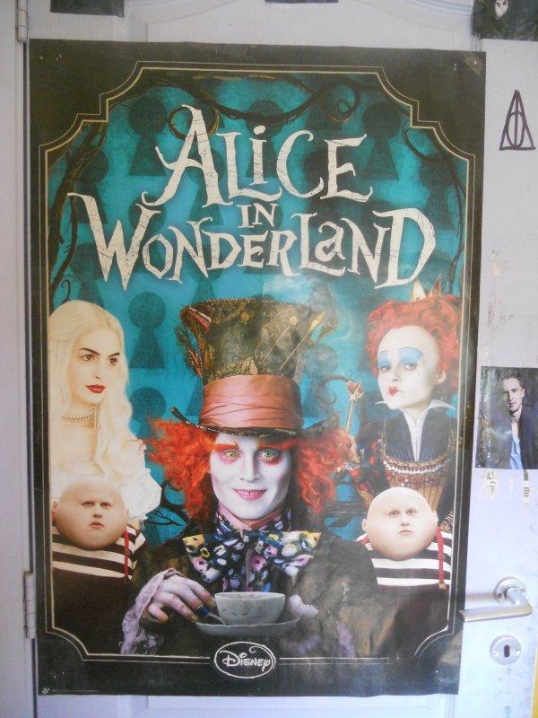 Alice Aux Pays Des Merveilles !!