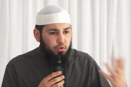 Ilias Azaouaj..nahnou ma'aka wa qouloubouna ma'aka! --->Nous sommes avec toi et nos coeurs sont avec toi!