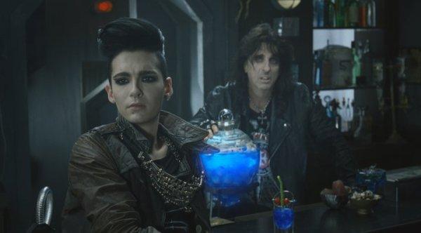Bill Kaulitz & Alice Cooper in Saturn commercial : Photos