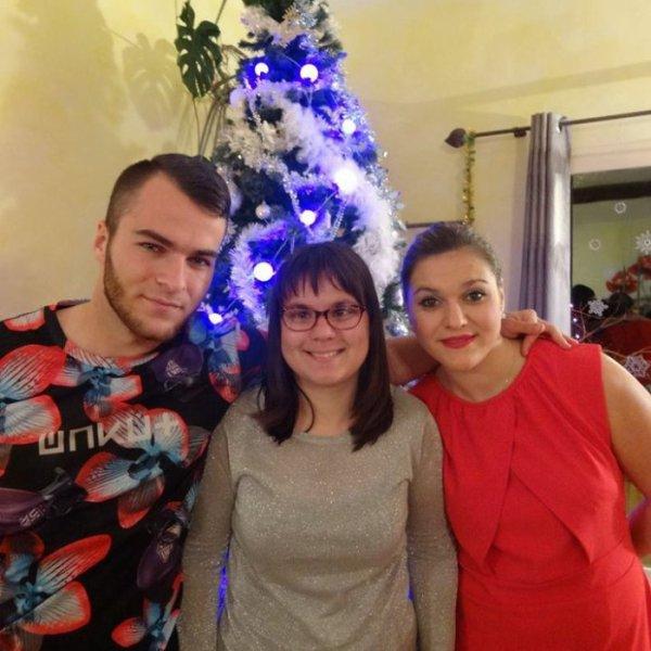 Elena-Elisabeta  fête aujourd'hui ses 21 ans, pense à lui offrir un cadeau.Hier à 14:20