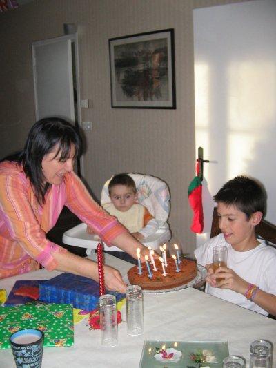 A l'anniversaire de petit tonton