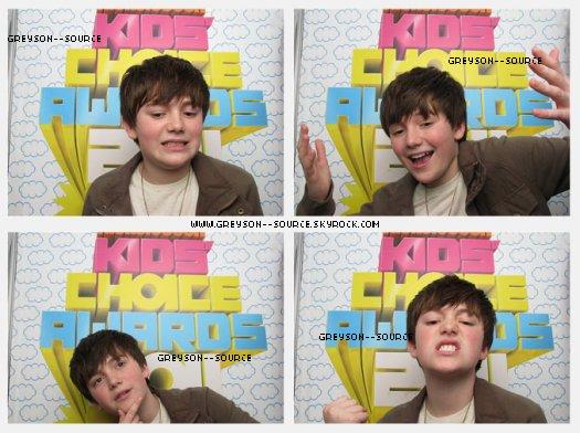 Le 02 avril 2011. Greyson au Kid Choice Awards &. un nouveau Photoshoot inconnu :D.