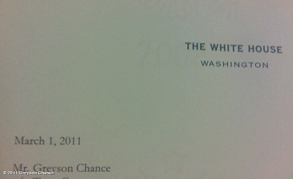 Le 19 avril 2011. Greyson nous a bien fait attendre avant de nous révéler qu'il va performer à la maison Blanche ! A l'occasion de la GRANDE chasse aux oeufs organisée chaque année. BRAVO GREYSON ! ♥
