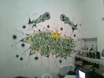 look at my new graffiti in my room