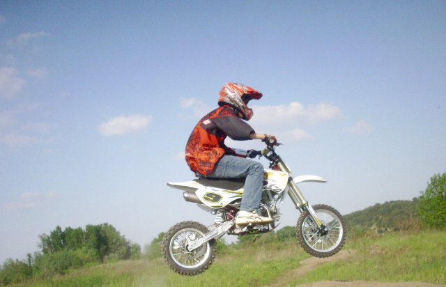 La Team factory-riding