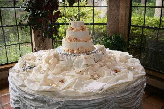 coolest wedding cakes ever decoration de la table ou votre gateaux reposera d 12932