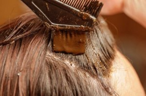Conseils avant de faire une teinture aux cheveux