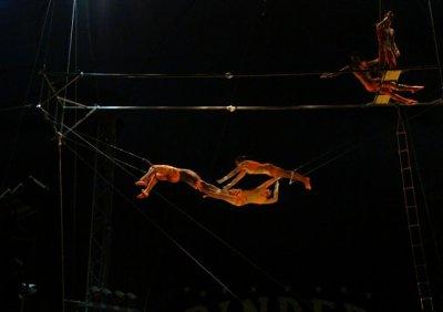 SUITE SPECTACLE DU CIRQUE PINDER A SENONES LE 23 JUIN 2011