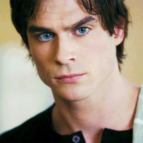 Cest yeux bleu comme l'océan